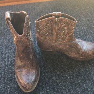Frye short studded boot